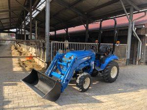 LS Traktor J23 HST